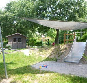 Blick in den Garten der Kita LuKids in Ludwigshafen