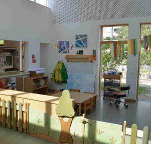 Atelier und Küche der Kita Darmstadt TU Kinderhaus Lichtwiese